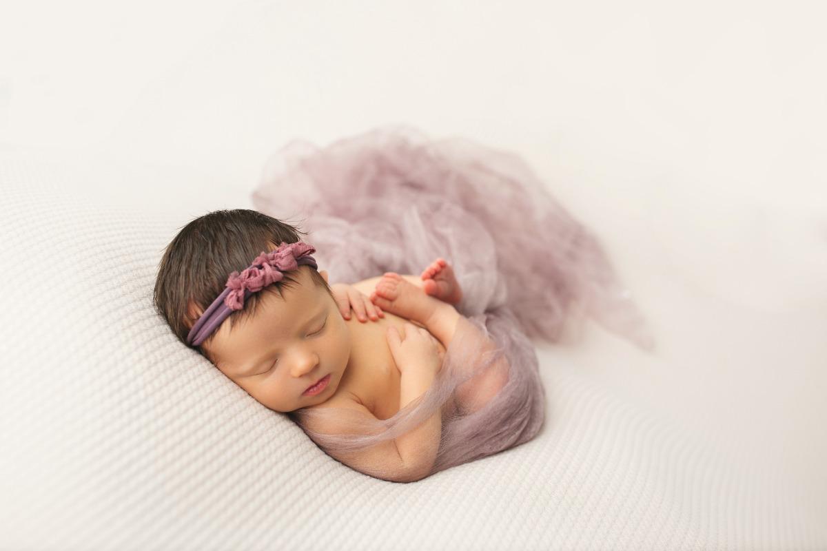 thistle-flutter-sweet-dreams-triple-bow-nicole-serafin-1200.jpg