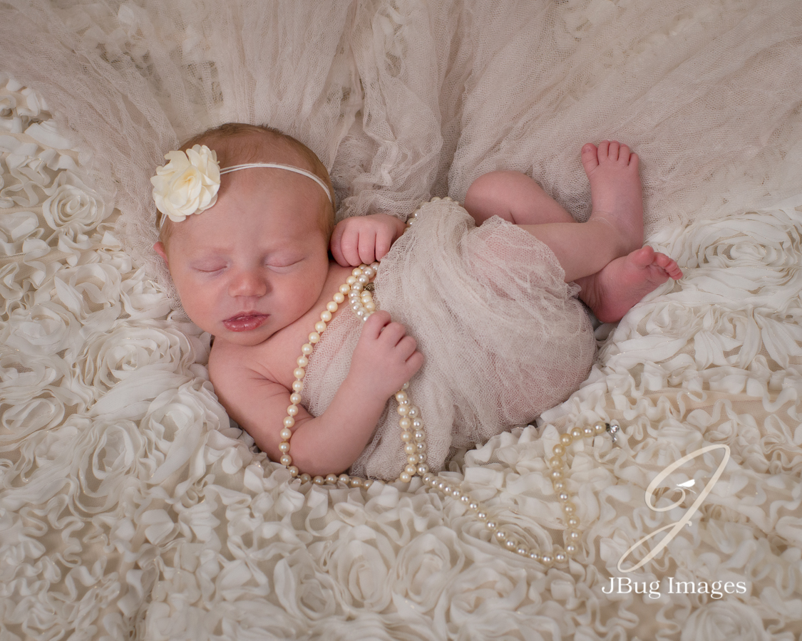 Boston-Newborn-Portrait-Photographer-07.jpg